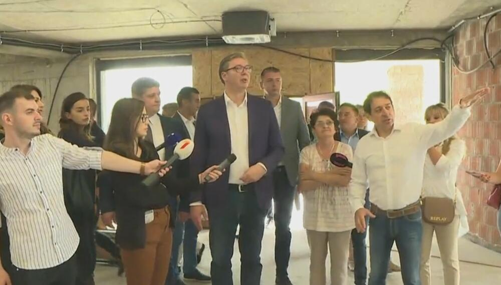 Aleksandar Vučić, Paraćin