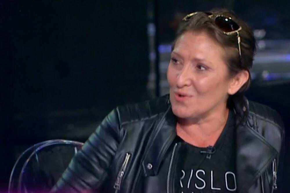 APSTINIRAM 10 GODINA, ČEKAM PRAVOG Tanja iz Oktobra 1984 nestala sa scene posle raspada grupe, ušla u ZADRUGU i ovim je ŠOKIRALA