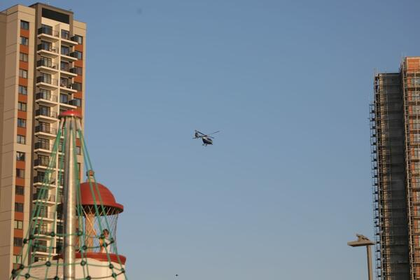 Bezbednost... Helikopteri nadleću grad