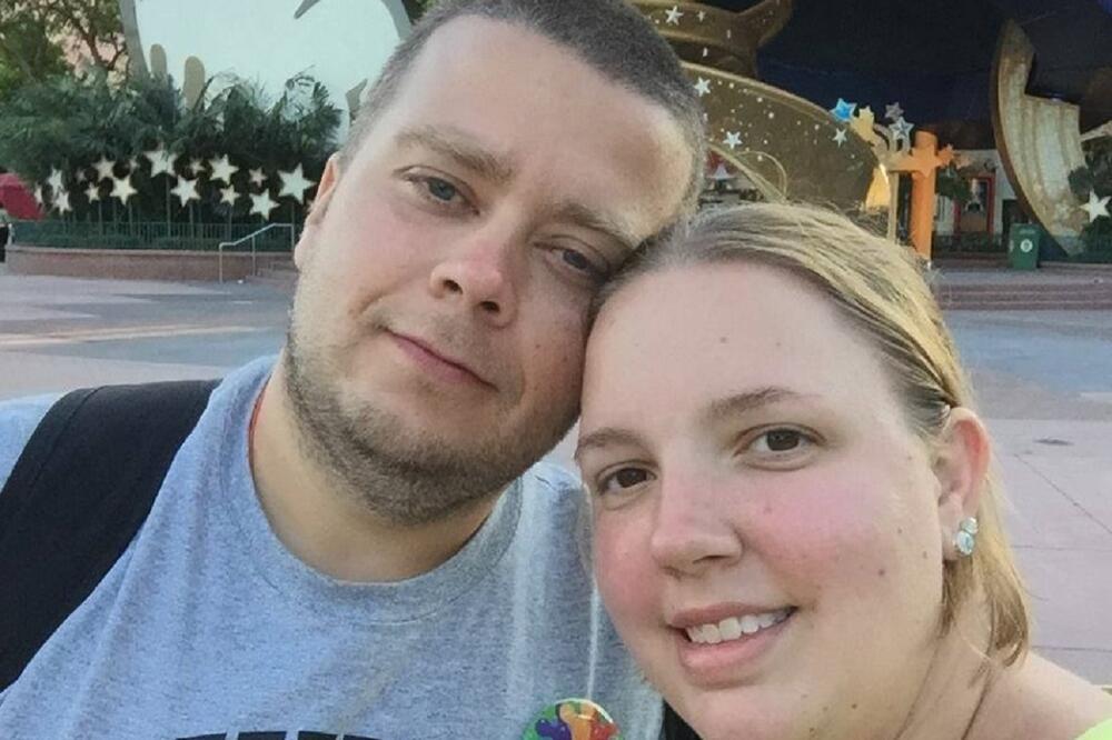 PREMINULA MAJKA (37) OSMORO DECE OD KORONE: Suprug otkrio da NE ZNA kako se zarazila, pa priznao da NIJE HTELA da uradi OVO (FOTO)